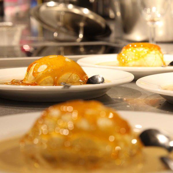 Assiettes de desserts dressés
